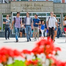 ESCUELA DE VERANO – ¡Bienvenidos a la escuela!
